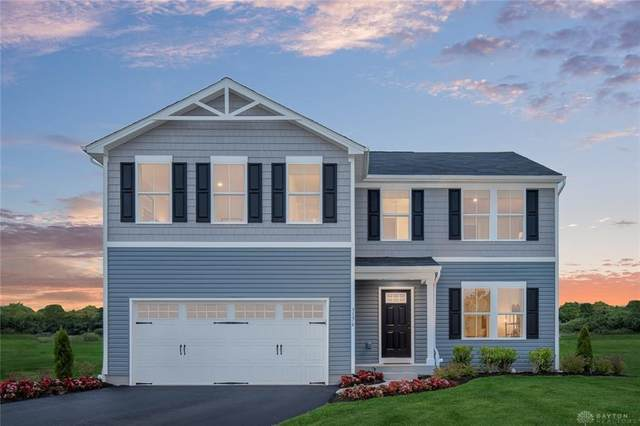1025 Glen Kegley Drive, Xenia, OH 45385 (MLS #811001) :: Candace Tarjanyi   Coldwell Banker Heritage