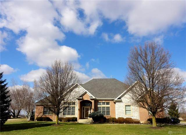 2771 Meadowpoint Drive, Troy, OH 45373 (MLS #811460) :: Denise Swick and Company