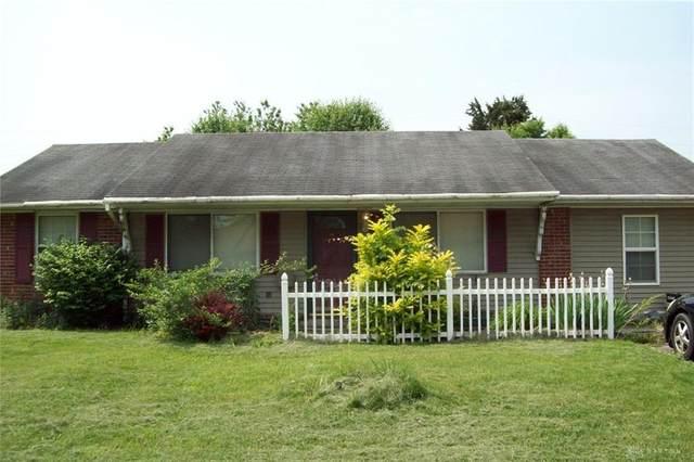 316 Dean Drive, Farmersville, OH 45325 (MLS #811878) :: The Westheimer Group