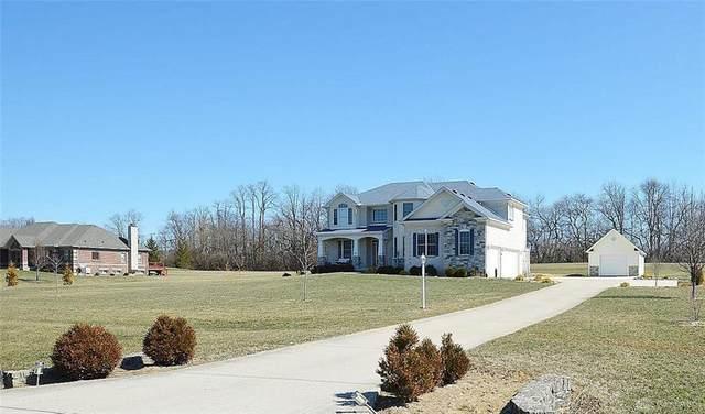 8546 Twin Creek Drive, Waynesville, OH 45068 (MLS #812772) :: Ryan Riddell  Group