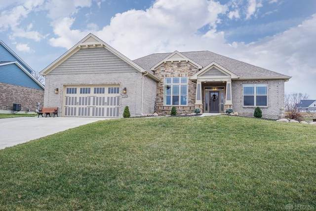 738 E Brooke Drive, Monroe, OH 45050 (MLS #812836) :: Denise Swick and Company