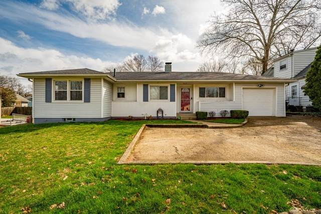 17 Glenmore Drive, Middletown, OH 45042 (MLS #812896) :: Denise Swick and Company