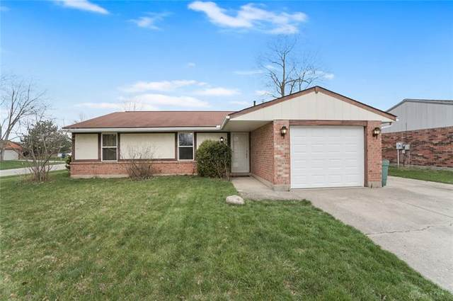 6301 Rolling Glen Drive, Huber Heights, OH 45424 (MLS #813475) :: Denise Swick and Company