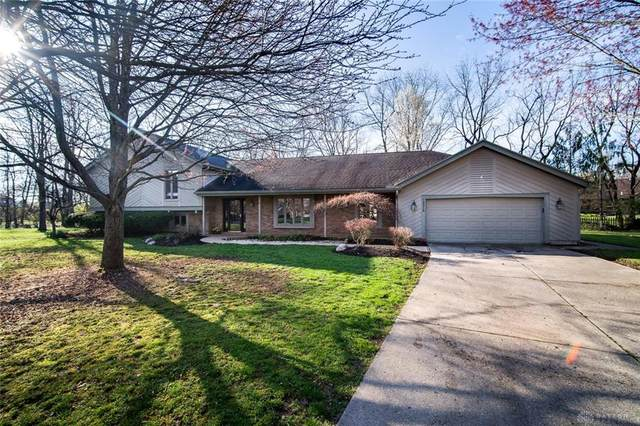 10215 Wright Brothers Court, Washington TWP, OH 45458 (MLS #813537) :: The Gene Group