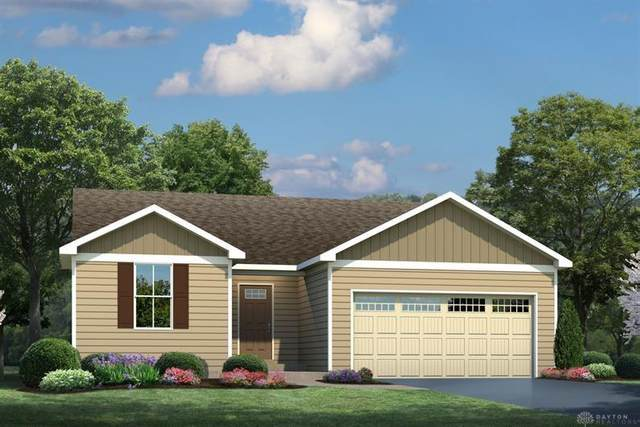 5824 Sawyer's Mill Drive, Middletown, OH 45042 (MLS #813583) :: Denise Swick and Company