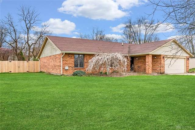 2166 Grange Hall Road, Beavercreek, OH 45431 (MLS #813614) :: Denise Swick and Company