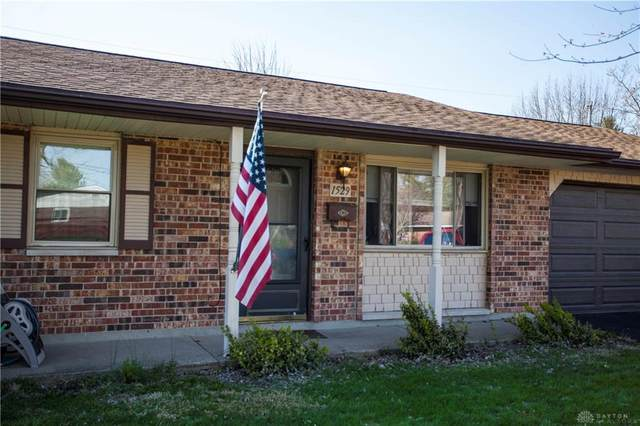 1529 Texas Drive, Xenia, OH 45385 (MLS #813655) :: Candace Tarjanyi | Coldwell Banker Heritage