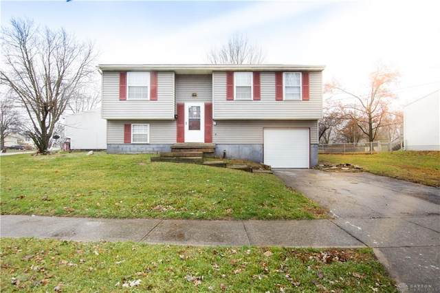 111 Lightner Lane, Englewood, OH 45322 (MLS #813665) :: The Gene Group