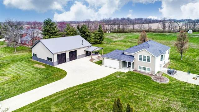 7535 Martindale Road, Tipp City, OH 45371 (MLS #813709) :: Denise Swick and Company