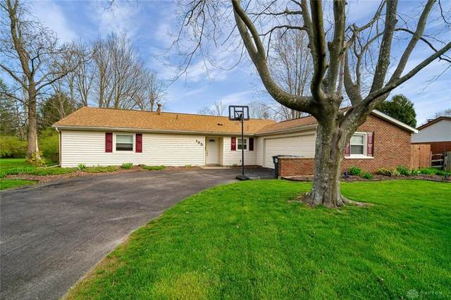 195 Lodewood Drive, Centerville, OH 45458 (MLS #813762) :: The Gene Group