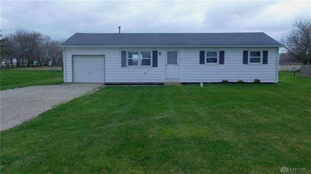 4636 Arcanum Hollansburg Road, Butler Twp, OH 45304 (MLS #813781) :: Denise Swick and Company