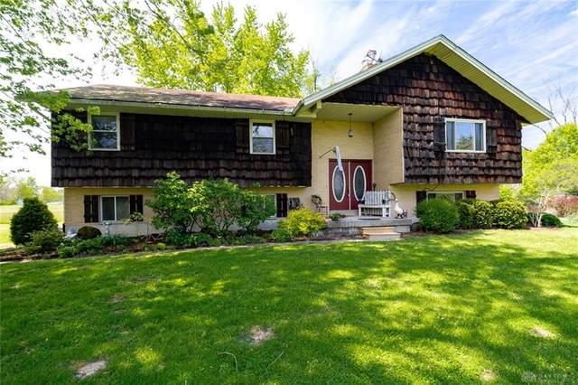 11763 Dayton Farmersville Road, Farmersville, OH 45325 (MLS #815153) :: Denise Swick and Company