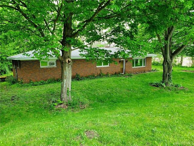 3598 Weaver Fort Jefferson Road, Greenville, OH 45331 (MLS #815805) :: Denise Swick and Company