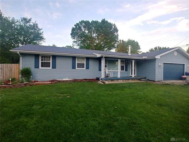 1044 Yellowstone Road, Xenia Twp, OH 45385 (MLS #816817) :: Candace Tarjanyi | Coldwell Banker Heritage