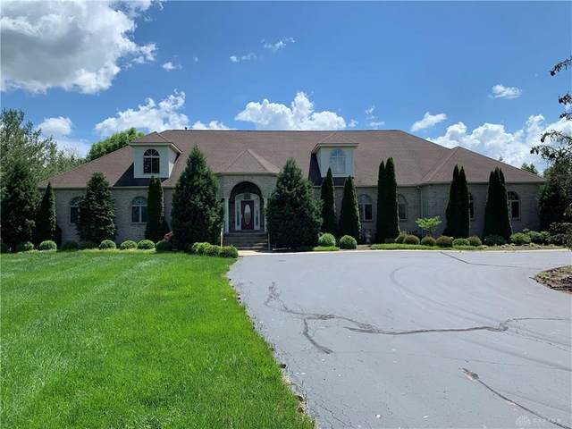 1054 W Spring Valley Pike, Centerville, OH 45458 (MLS #816832) :: Denise Swick and Company