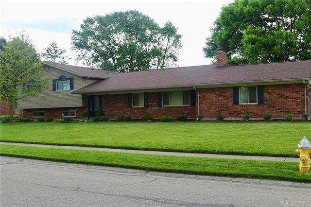 1000 Kentshire Drive, Centerville, OH 45459 (MLS #816889) :: Denise Swick and Company