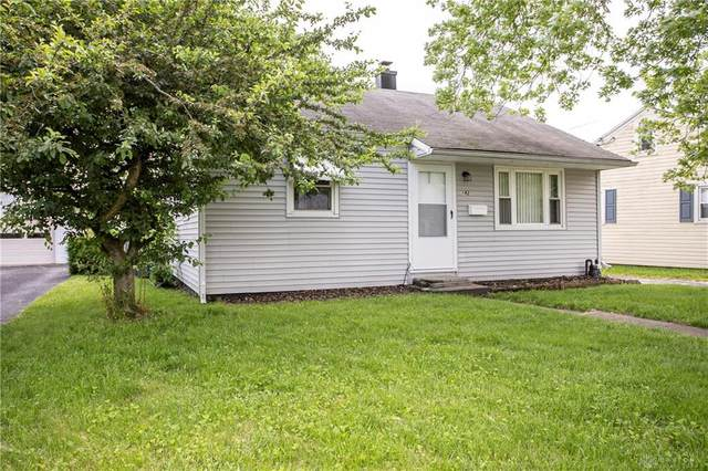142 W Circle Drive, West Carrollton, OH 45449 (MLS #816949) :: The Gene Group