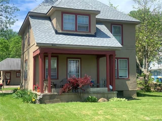 8207 N Main Street, Clayton, OH 45415 (MLS #817083) :: Denise Swick and Company