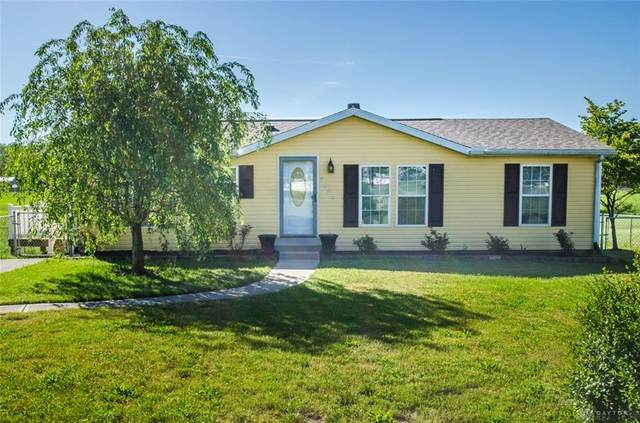 7400 N Main Street, Camden, OH 45311 (MLS #817202) :: Candace Tarjanyi | Coldwell Banker Heritage