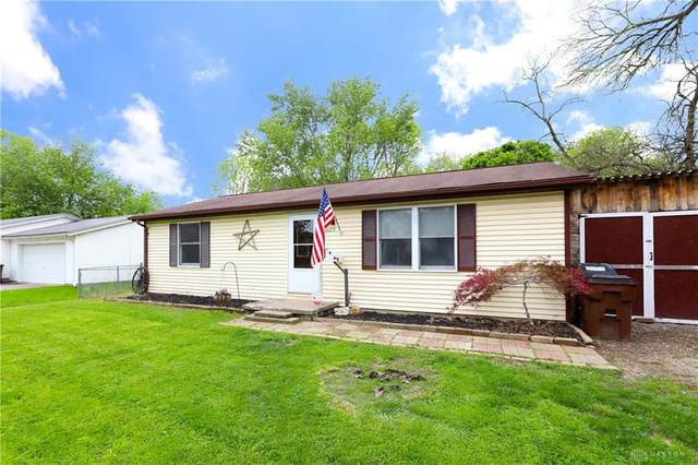 6029 Foster Avenue, Harrison Twp, OH 45414 (MLS #817232) :: The Westheimer Group