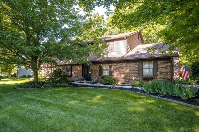 2835 Nantucket Road, Beavercreek, OH 45434 (#818000) :: Century 21 Thacker & Associates, Inc.