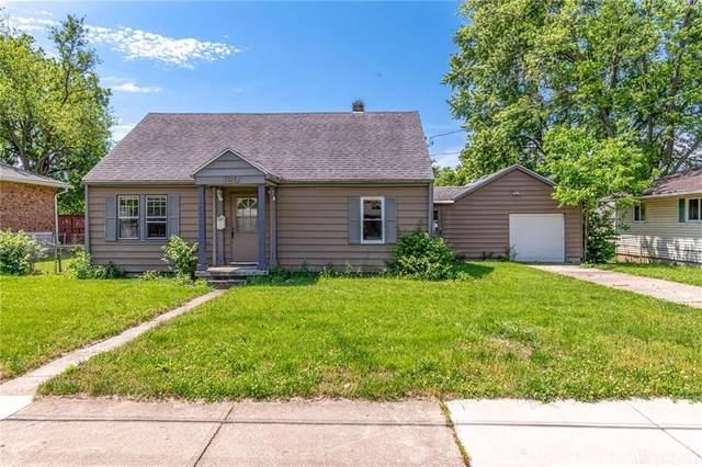 120 E Shannon Avenue, Dayton, OH 45449 (MLS #818072) :: Denise Swick and Company