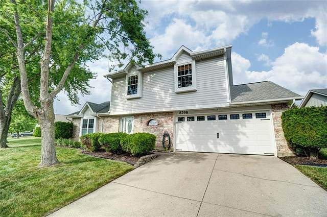 8798 Deer Chase Drive, Huber Heights, OH 45424 (MLS #818177) :: Denise Swick and Company