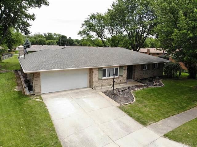 2625 Willowridge Drive, Butler Township, OH 45414 (#818185) :: Century 21 Thacker & Associates, Inc.