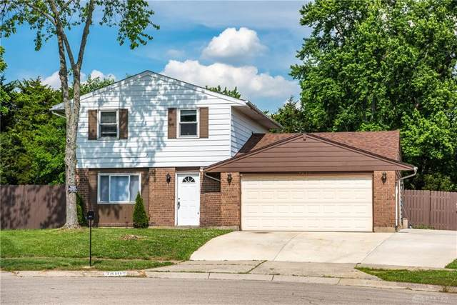 7810 Midforest Court, Huber Heights, OH 45424 (#818408) :: Century 21 Thacker & Associates, Inc.