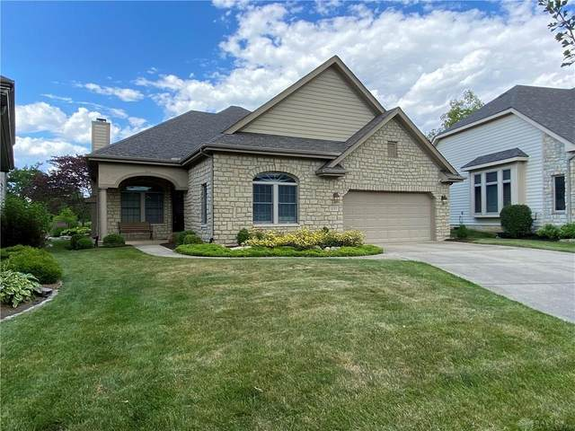 1157 Yankee Trace Drive, Centerville, OH 45458 (MLS #820120) :: Candace Tarjanyi | Coldwell Banker Heritage