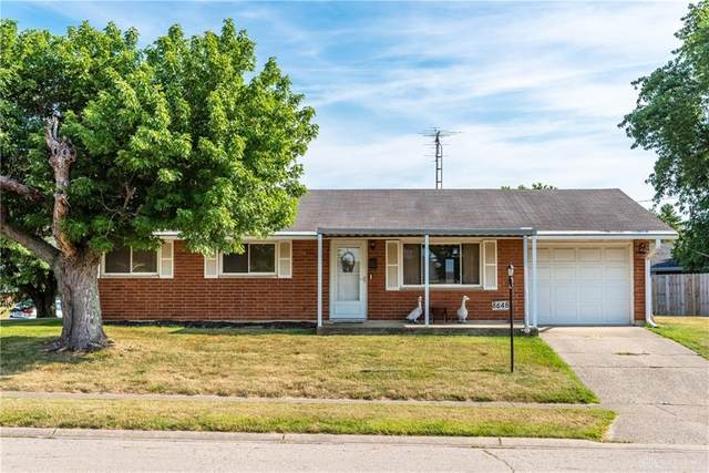 6648 Ravenna Avenue, Mad River Township, OH 45323 (MLS #820352) :: The Westheimer Group