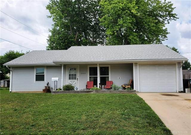 2000 Commonwealth Drive, Xenia, OH 45385 (MLS #820449) :: The Gene Group