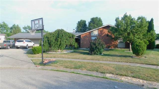 4855 Pacific Court, Huber Heights, OH 45424 (#820645) :: Century 21 Thacker & Associates, Inc.