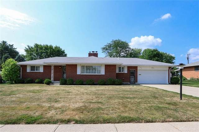 310 Camborne Drive, Englewood, OH 45322 (MLS #820719) :: Denise Swick and Company