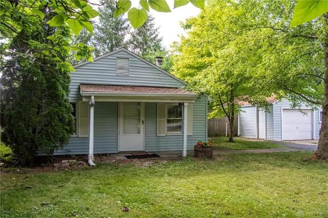 6401 Springfield Xenia Road, Springfield, OH 45502 (MLS #820852) :: Denise Swick and Company