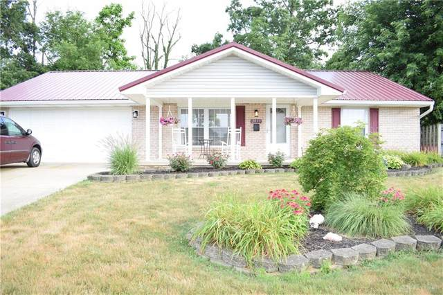 2033 Halifax Court, Springfield, OH 45503 (MLS #820908) :: Candace Tarjanyi | Coldwell Banker Heritage