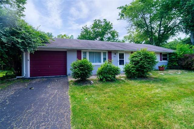 215 S Main Street, Centerville, OH 45458 (MLS #820942) :: Candace Tarjanyi | Coldwell Banker Heritage
