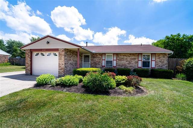 6110 Moss Hill Court, Huber Heights, OH 45424 (MLS #821012) :: Denise Swick and Company