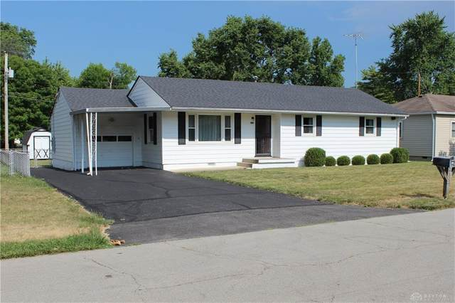 620 Woodlawn Avenue, Englewood, OH 45322 (MLS #821072) :: Denise Swick and Company