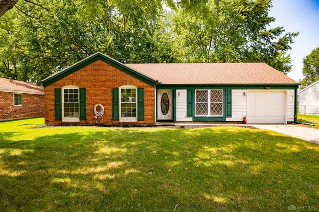 5341 Wakefield Drive, Fairborn, OH 45324 (MLS #821082) :: Candace Tarjanyi | Coldwell Banker Heritage