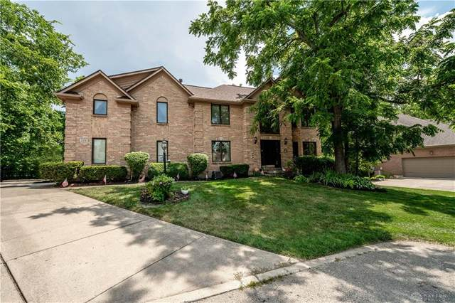 120 Country Club Lane, Springboro, OH 45066 (MLS #821092) :: Candace Tarjanyi | Coldwell Banker Heritage