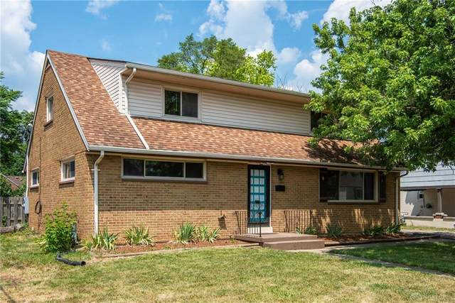 611 Winston Drive, Fairborn, OH 45324 (MLS #821188) :: Candace Tarjanyi   Coldwell Banker Heritage