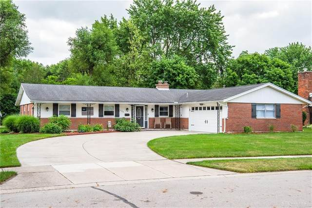 562 Warm Springs Drive, Fairborn, OH 45324 (MLS #821255) :: Denise Swick and Company