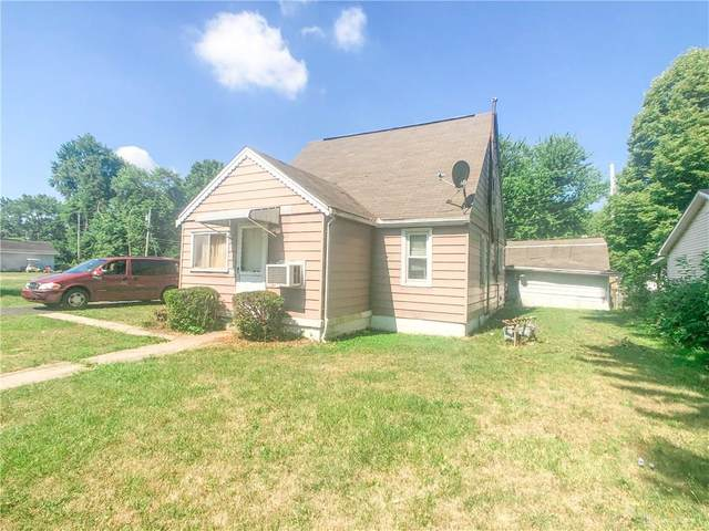 1949 Centralia Avenue, Fairborn, OH 45324 (MLS #821919) :: The Westheimer Group