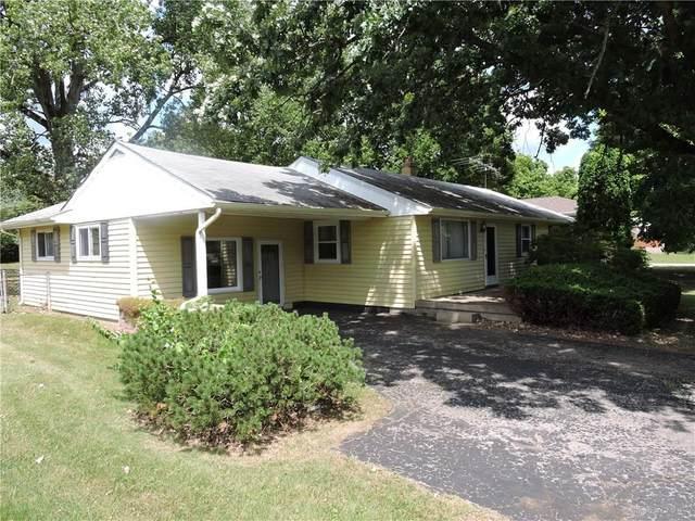 3756 Knollwood Drive, Beavercreek, OH 45432 (MLS #821991) :: Denise Swick and Company