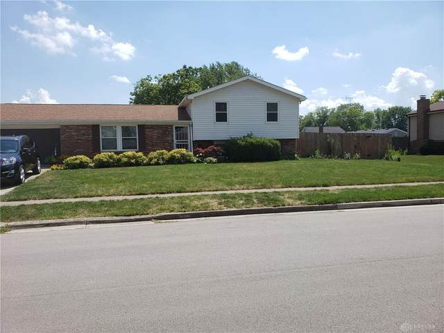 804 Sunset Drive, Englewood, OH 45322 (MLS #822302) :: The Gene Group