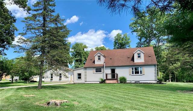 6545 Westfall Road, Greenville, OH 45331 (MLS #822418) :: Denise Swick and Company