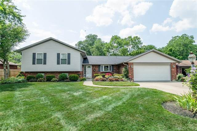 7659 Painted Turtle Drive, Butler Township, OH 45414 (#822503) :: Century 21 Thacker & Associates, Inc.