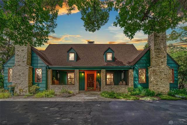 701 W Dorothy Lane, Kettering, OH 45419 (MLS #822526) :: Denise Swick and Company