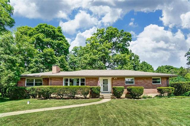 3332 Fair Oaks Drive, Beavercreek, OH 45434 (#822569) :: Century 21 Thacker & Associates, Inc.